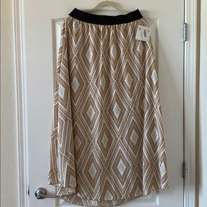 Brand new lularoe Lucy skirt.